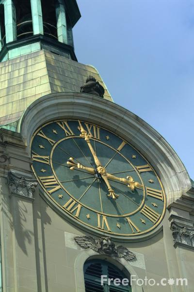 Picture of Clock, Heiliggeistkirche / Holy Spirit Church, Bern, Switzerland - Free Pictures - FreeFoto.com