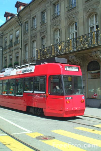 Picture of Low Floor Tram, Line 9, Bern, Switzerland - Free Pictures - FreeFoto.com