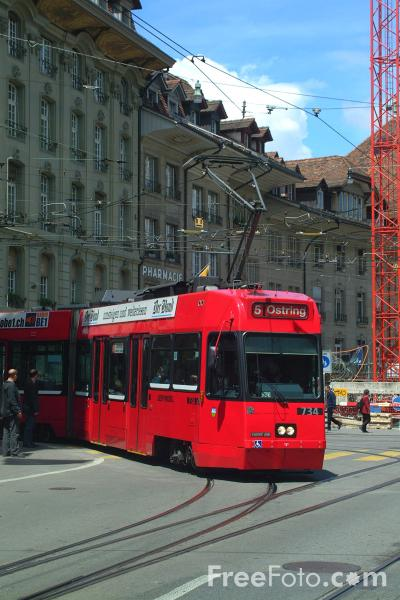 Picture of Low Floor Tram, Line 5, Bern, Switzerland - Free Pictures - FreeFoto.com