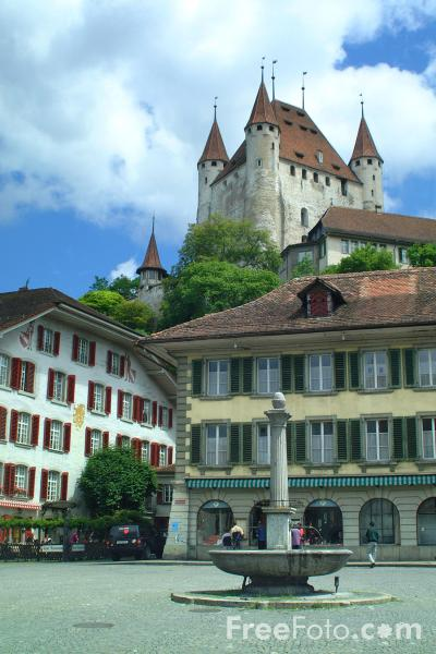 Picture of The Cobbled Rathausplatz, Thun, Berner Oberland, Switzerland - Free Pictures - FreeFoto.com
