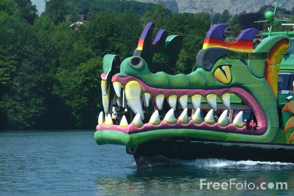 Picture of Dragon Ship, Lake Thun Ferry, Berner Oberland, Switzerland - Free Pictures - FreeFoto.com