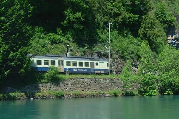 Picture of River Aare, Interlaken, Berner Oberland, Switzerland - Free Pictures - FreeFoto.com