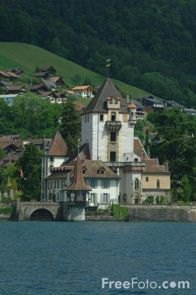 Picture of Oberhofen am Thunersee - Free Pictures - FreeFoto.com