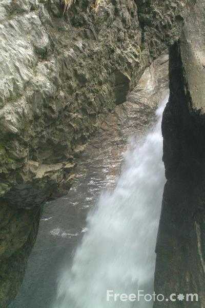 Picture of Trummelbach Falls, Lauterbrunnen - Free Pictures - FreeFoto.com