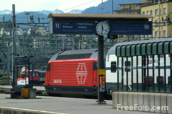 Picture of Railway Station, Lucerne, Switzerland - Free Pictures - FreeFoto.com