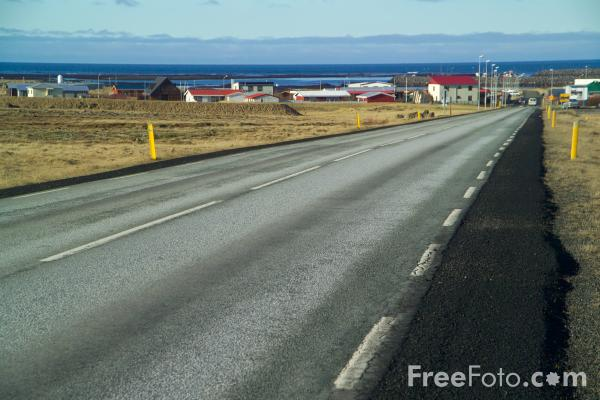Picture of Road, Iceland - Free Pictures - FreeFoto.com