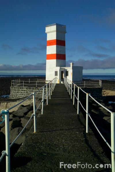 Picture of Old Gardur Lighthouse, Iceland - Free Pictures - FreeFoto.com