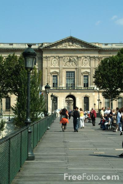 Picture of The Louvre, Paris, France - Free Pictures - FreeFoto.com