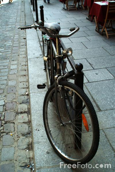 Picture of Bicycle, The Latin Quarter, Paris, France - Free Pictures - FreeFoto.com