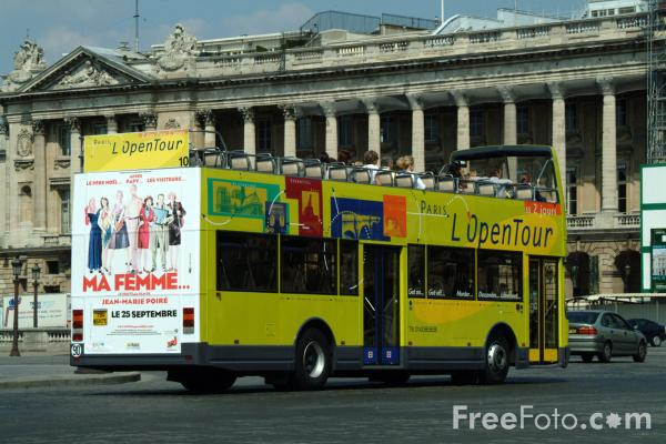 Picture of Sightseeing Bus, Paris, France - Free Pictures - FreeFoto.com