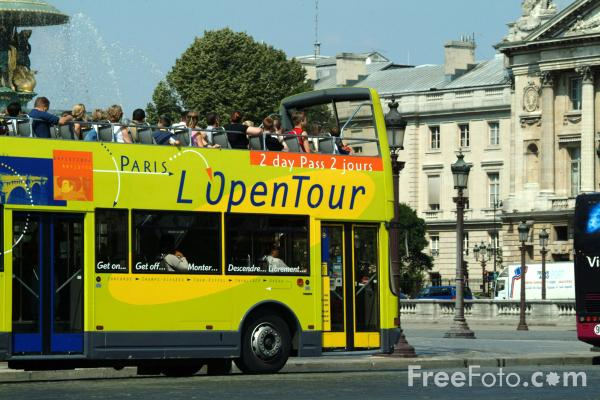 sightseeing bus paris france pictures free use image 1351 15 4 by. Black Bedroom Furniture Sets. Home Design Ideas