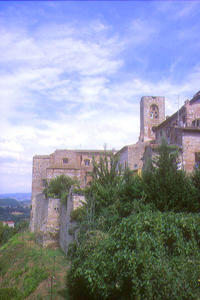 Picture of Colle Alta, Tuscany, Italy - Free Pictures - FreeFoto.com
