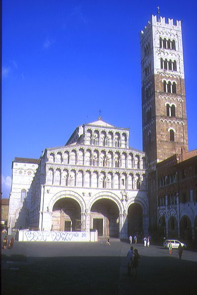 Picture of San Martino, Lucca, Tuscany, Italy - Free Pictures - FreeFoto.com