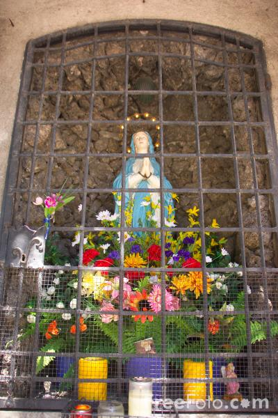 Picture of Virgin Mary Statute, Bolzano, South Tyrol, Italy - Free Pictures - FreeFoto.com