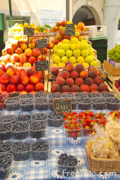 Picture of Market Stall, Bolzano, South Tyrol, Italy - Free Pictures - FreeFoto.com