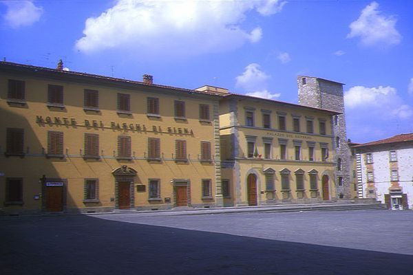 Picture of Pistoia, Tuscany, Italy - Free Pictures - FreeFoto.com