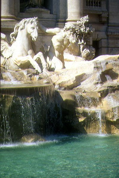 Picture of Trevi Fountain, Rome, Italy - Free Pictures - FreeFoto.com