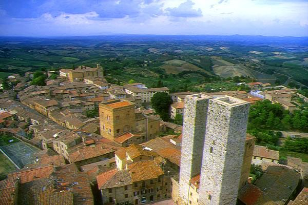 Picture of San Gimignano, Tuscany, Italy - Free Pictures - FreeFoto.com