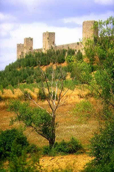 Picture of Monteriggioni, Tuscany, Italy - Free Pictures - FreeFoto.com