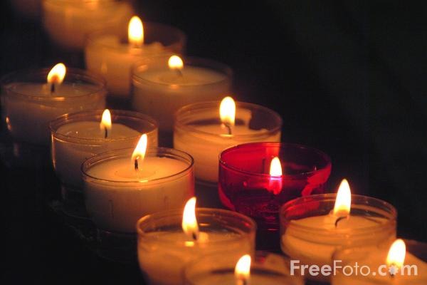 Picture of Candles, Cathedral of St. Michael and St. Gudula, Brussels, Belgium - Free Pictures - FreeFoto.com