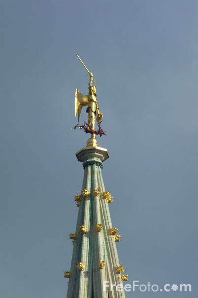 Picture of Gold statue of Saint-Michel, The City Hall, Grand Place, Brussels, Belgium - Free Pictures - FreeFoto.com
