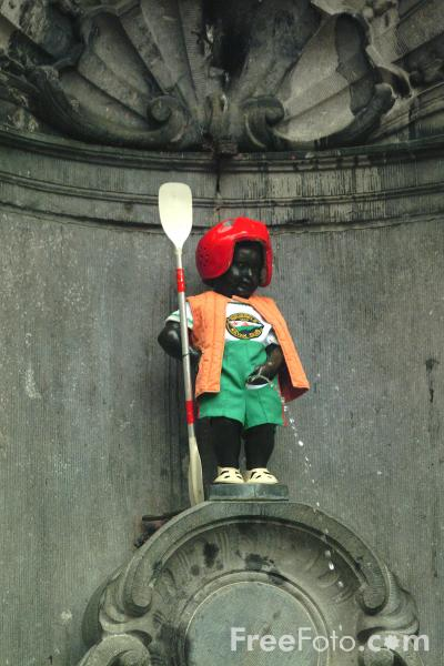 Picture of Manneken Pis, Brussels, Belgium - Free Pictures - FreeFoto.com