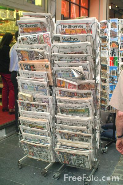 Picture of Newspapers, Brussels, Belgium - Free Pictures - FreeFoto.com
