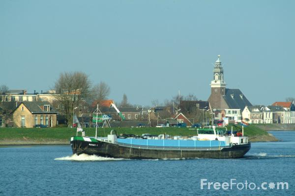 Picture of Barge, River Lek, Holland - The Netherlands - Free Pictures - FreeFoto.com