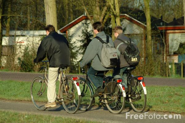 Picture of Cycling, Holland - The Netherlands - Free Pictures - FreeFoto.com