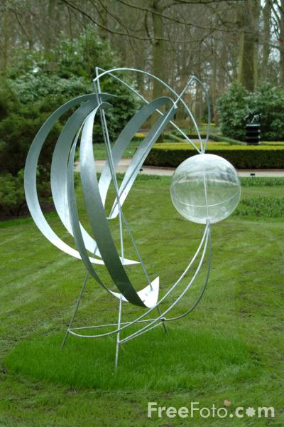 Picture of Sculpture, Keukenhof, Holland - The Netherlands - Free Pictures - FreeFoto.com