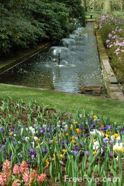 Picture of Water Feature, Keukenhof, Holland - The Netherlands - Free Pictures - FreeFoto.com