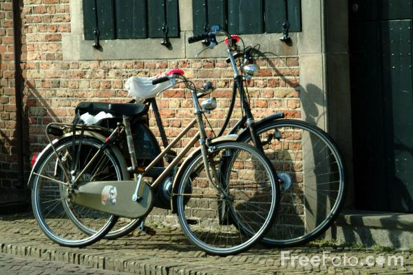 Picture of Bicycles, Edam, Holland - Free Pictures - FreeFoto.com