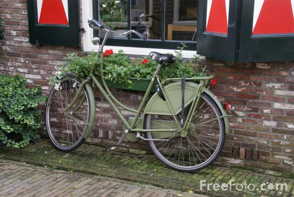 Picture of Volendam, The Netherlands - Free Pictures - FreeFoto.com