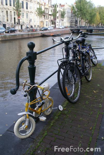 Picture of Bicycle, Amsterdam, The Netherlands - Free Pictures - FreeFoto.com