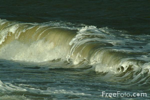 Picture of Waves, The Sea - Free Pictures - FreeFoto.com