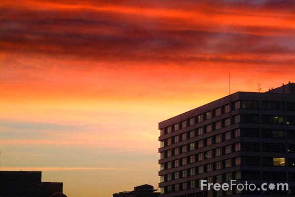 Picture of Sunrise, London - Free Pictures - FreeFoto.com