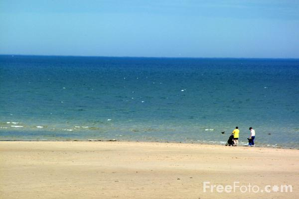 Picture of Beach, Northumberland - Free Pictures - FreeFoto.com