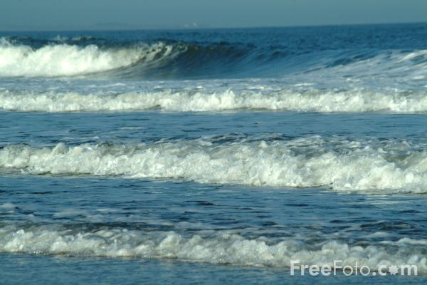 Picture of The Sea, Druridge Bay, Northumberland - Free Pictures - FreeFoto.com