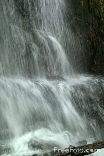 Picture of Waterfall, Lake Vyrnwy, Wales - Free Pictures - FreeFoto.com