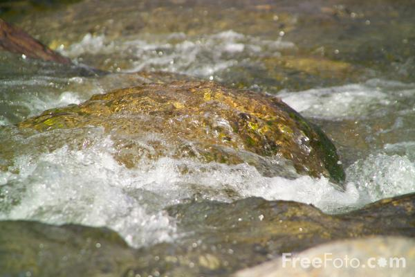 Picture of Waterfall, New Hampshire - Free Pictures - FreeFoto.com