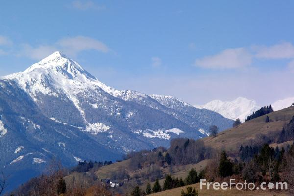 http://www.freefoto.com/images/15/47/15_47_3---Snow-Covered-Mountain--Carinthia--Austria_web.jpg