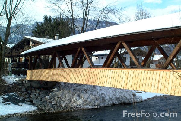 Picture of River, Zell am See, Austria - Free Pictures - FreeFoto.com
