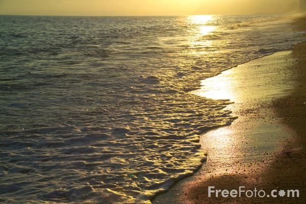 Picture of Sea at Sunset - Free Pictures - FreeFoto.com