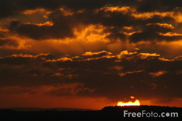 Picture of Sunset, Ingoe, Northumberland - Free Pictures - FreeFoto.com