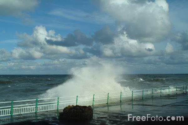 Picture of The North Sea as seen from Whitley Bay, Tyne and Wear - Free Pictures - FreeFoto.com