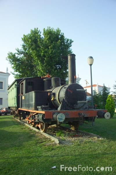 Picture of Old Steam Train, Cordoba - Free Pictures - FreeFoto.com