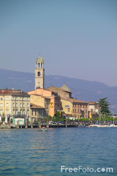 Salo Italy  city pictures gallery : Salo, Lake Garda, Italy Salò, Lago di Garda, Italia pictures, free ...