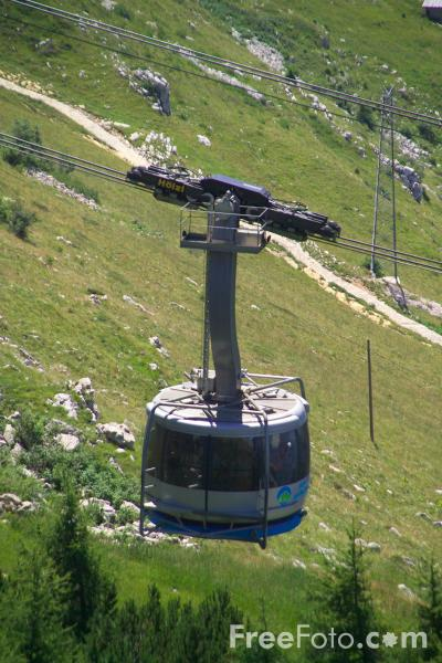 Picture of Cable Car, Monte Baldo, Lake Garda, Italy - Free Pictures - FreeFoto.com