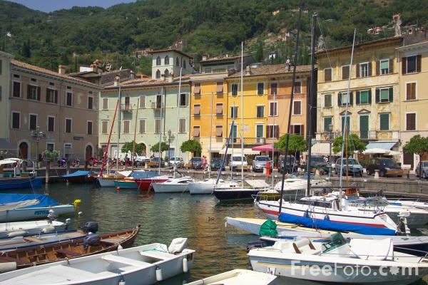 Picture of Harbour, Gargnano, Lake Garda, Italy - Porto, Gargnano, Lago di Garda, Italia - Free Pictures - FreeFoto.com