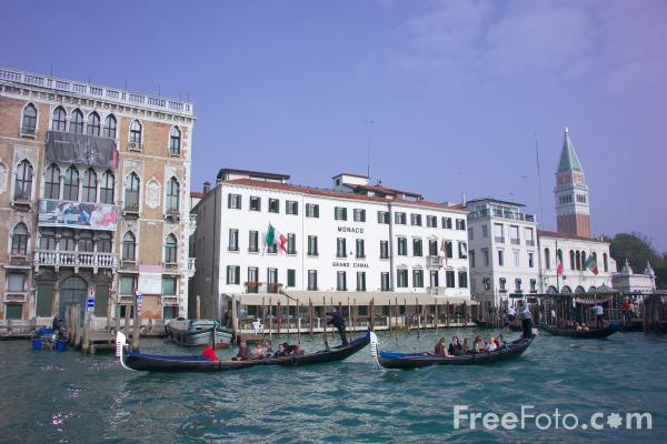 Picture of The Grand Canal, Venice, Italy - Canale Grande, Venezia, Italia - Free Pictures - FreeFoto.com